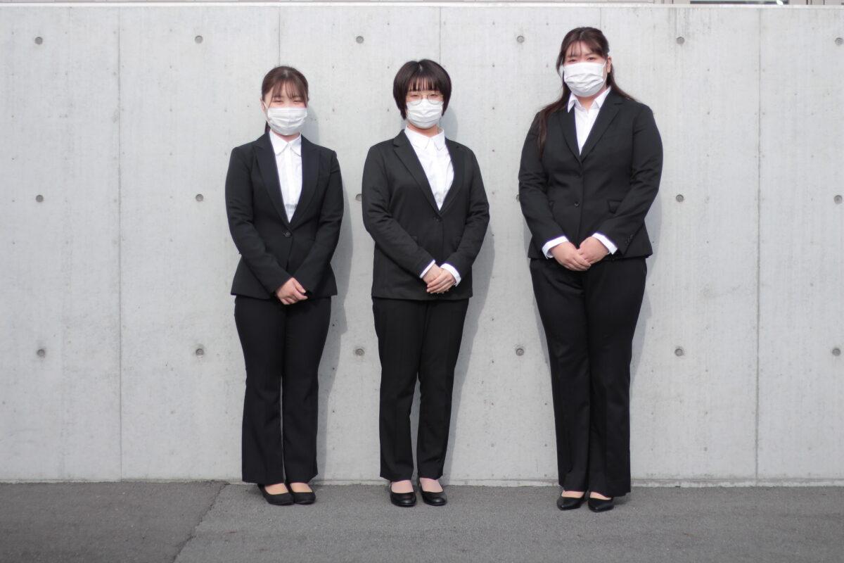 新入社員① リクルートスーツ